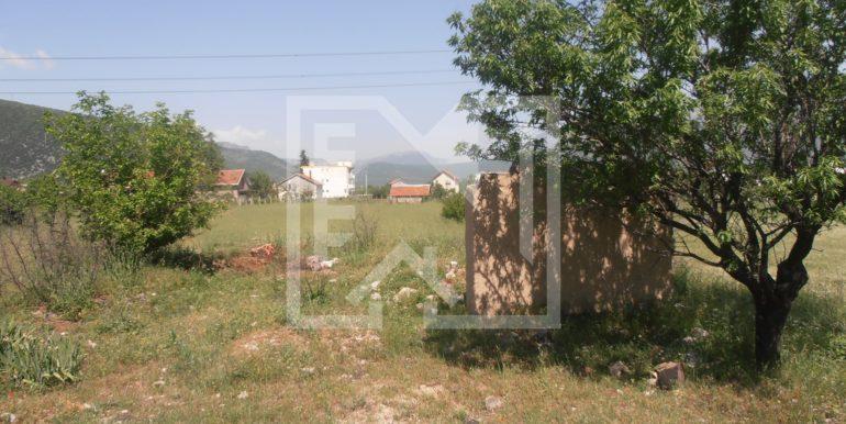 Zemljište sa ruševnom kućom Kutilivač (4)