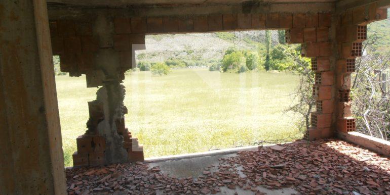Zemljište sa ruševnom kućom Kutilivač (5)