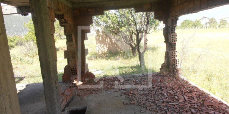 Zemljište sa ruševnom kućom Kutilivač (6)