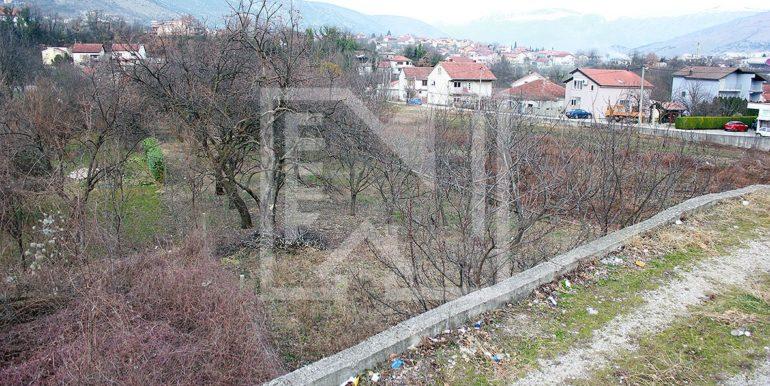 Zemljište u Ilićima 580m2 prilaz