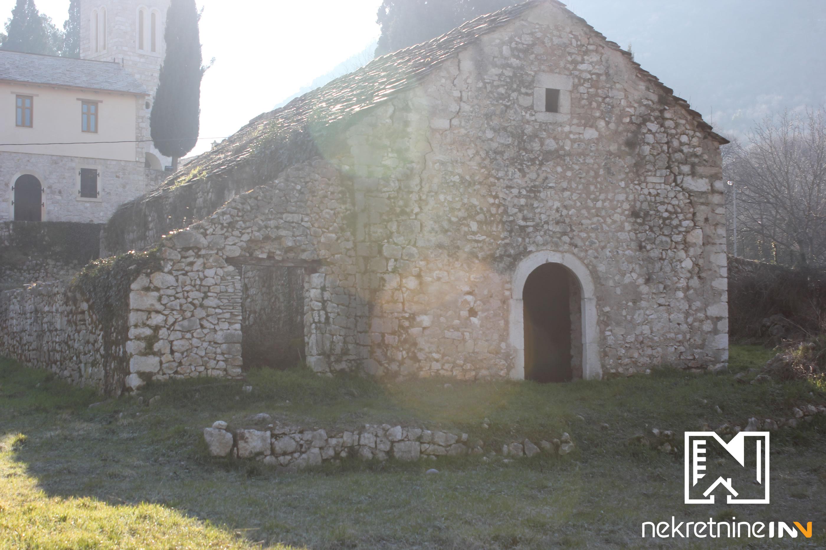 Plantaža vinograda površine 80.000m2 u Žitomisliću
