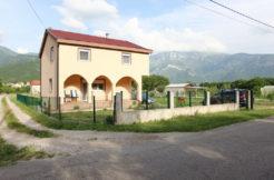 kupovina kuće zemljišta Vojno Mostar