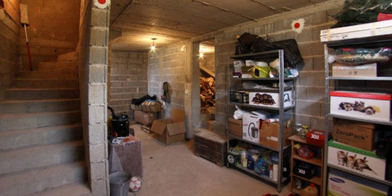 Kuća Vojno podrum