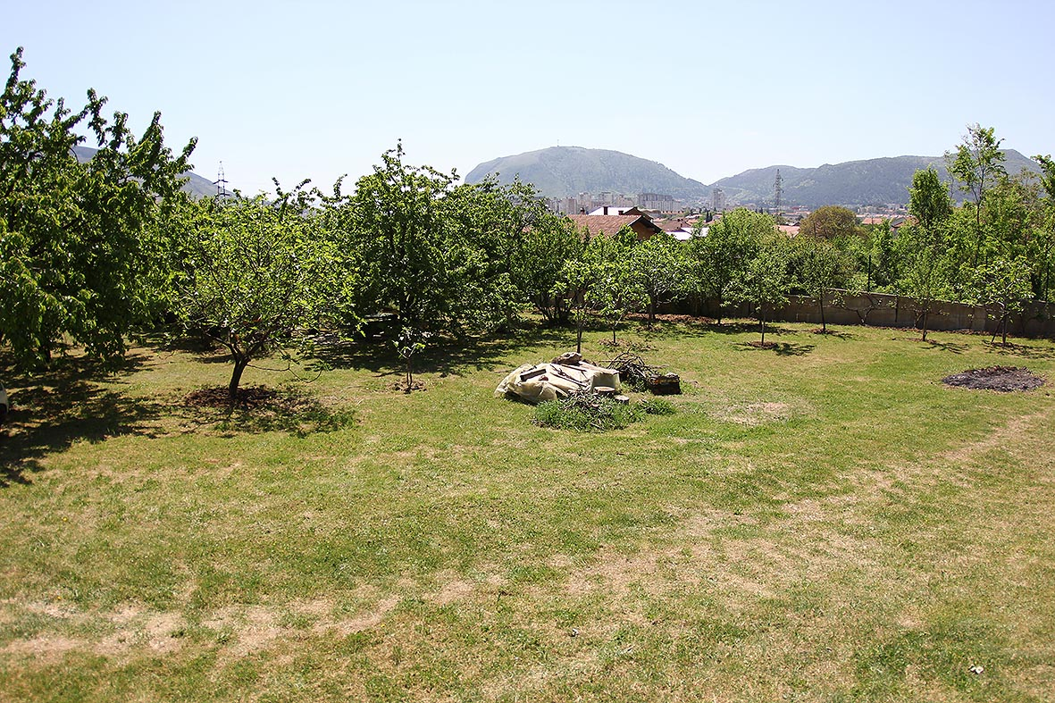 Prodaje se zemljište u Orlacu