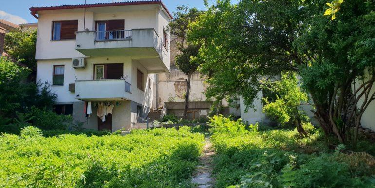 Kuća na prodaju Ulica Marsala Tita, naselje Luka, Mostar)__006