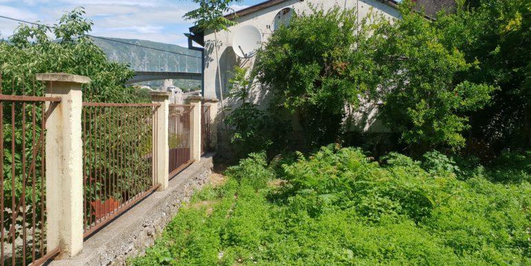 Kuća na prodaju Ulica Marsala Tita, naselje Luka, Mostar)_008