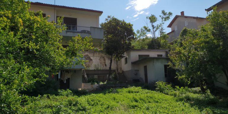 Kuća na prodaju Ulica Marsala Tita, naselje Luka, Mostar)_009