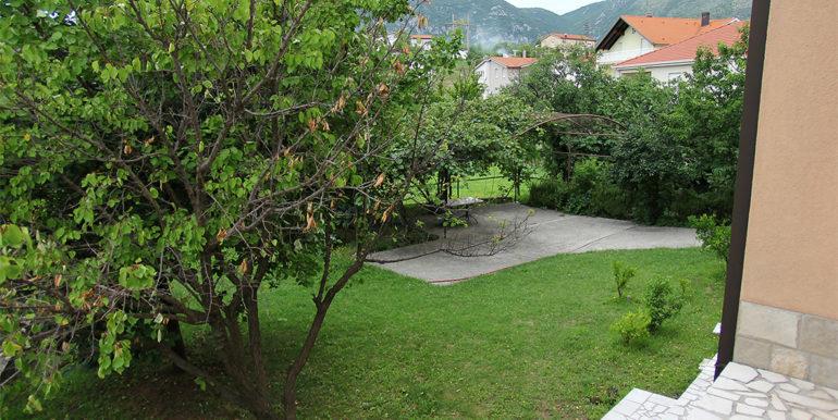 kuća u Cimu dvorište
