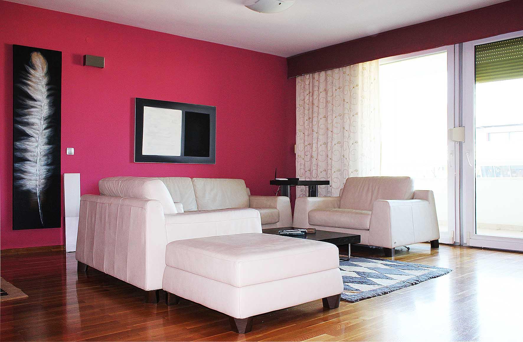 Dvosoban luksuzno namješten stan u TC Rondo