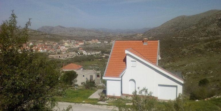 pogled sa terase prema donjoj ivanici 500