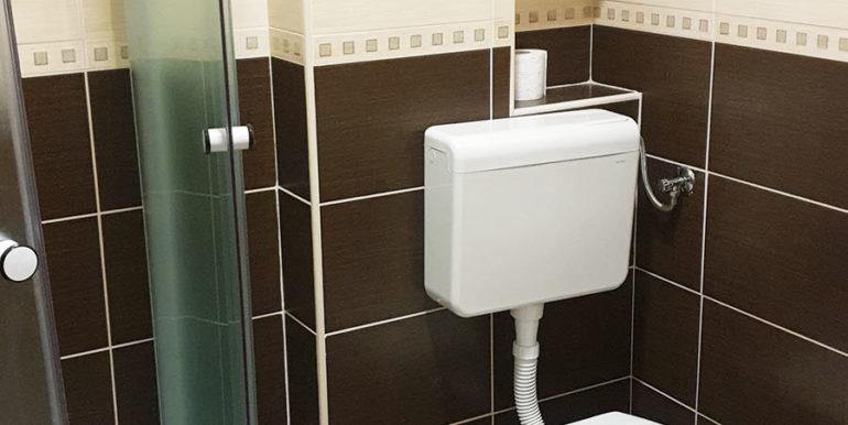 Margeta Apartman Kupres nekretnineinn slika8 kupatilo