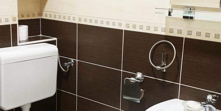 Margeta Apartman Kupres nekretnineinn slika9 kupatilo