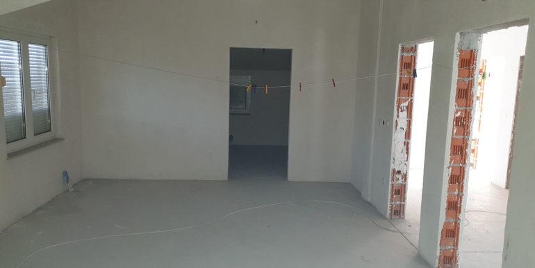 Jasenica kuca prodaja nekretnineinn slika 01 neizrađeni kat