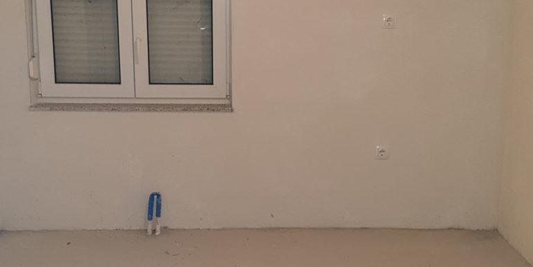 Jasenica kuca prodaja nekretnineinn slika 02 neizrađeni kat