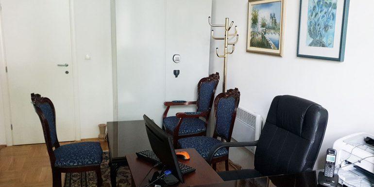 Poslovni Prostor 50m2 Novi Trzni Centar Rondo Nekretnineinn slika22