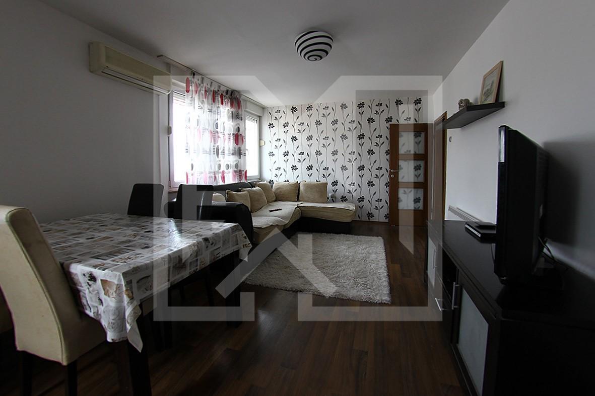 Dvosoban renoviran stan u centru Mostara