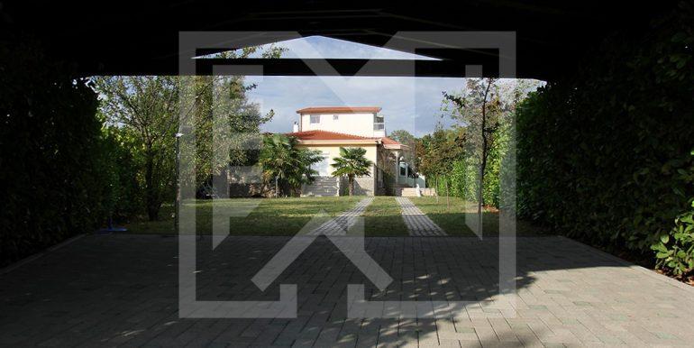 Kuća u Vionici