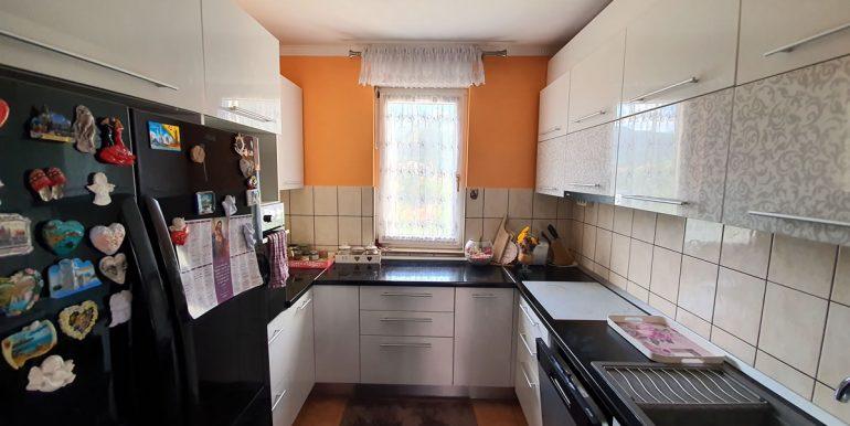 Stan_dvosoban_77m2_kuhinja_slika 1