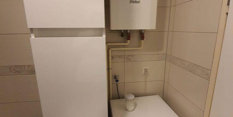 Stan_dvosoban_77m2_ostava_kupatilo 3