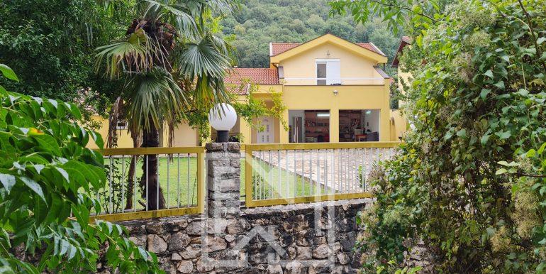 Kuća DUM Mostar vanjski izgled nekretnineinn slika 1
