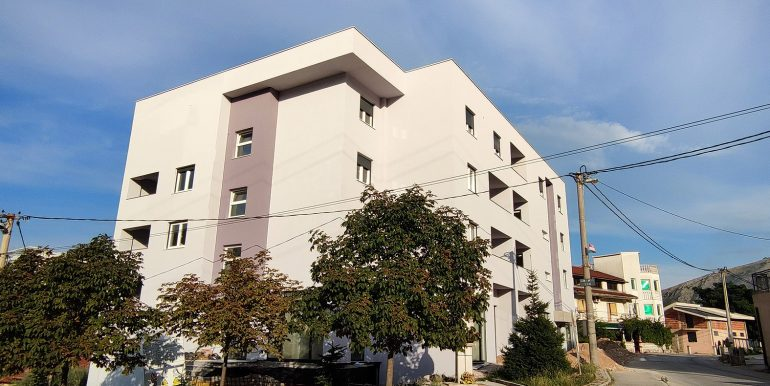 prodaja stanova zgrada na bakšimu Mostar Ilići novogradnja