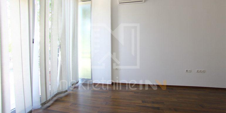 najam poslovnog prostora uredi Mostar