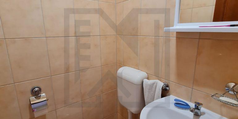 Trosoban Stjepana Radica V. kat Mostar Nekretnineinn WC