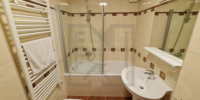 Trosoban Stjepana Radica V. kat Mostar Nekretnineinn kupatilo 01